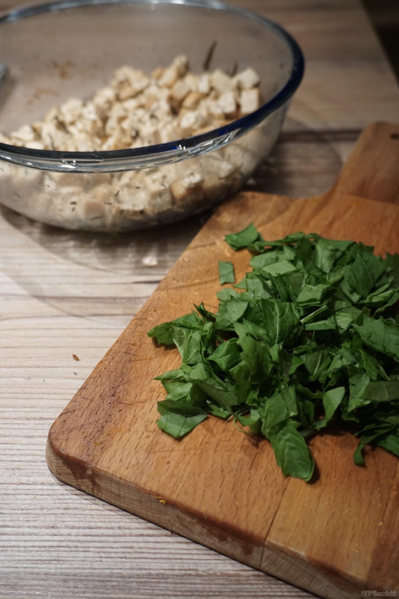 rauke und tofeta für kürbissalat